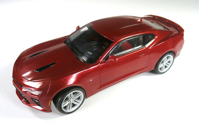 If You Want To Build And Display A Showroom Replica Of Chevy S Beautiful Camaro Ss Amt Has Just The Kit For